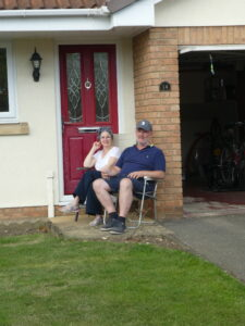 Pair of neighbours socially distanced